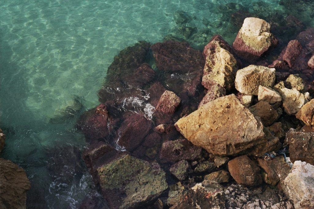 Photographie argentique, mer méditerranée, février 2018, Marseille, France.