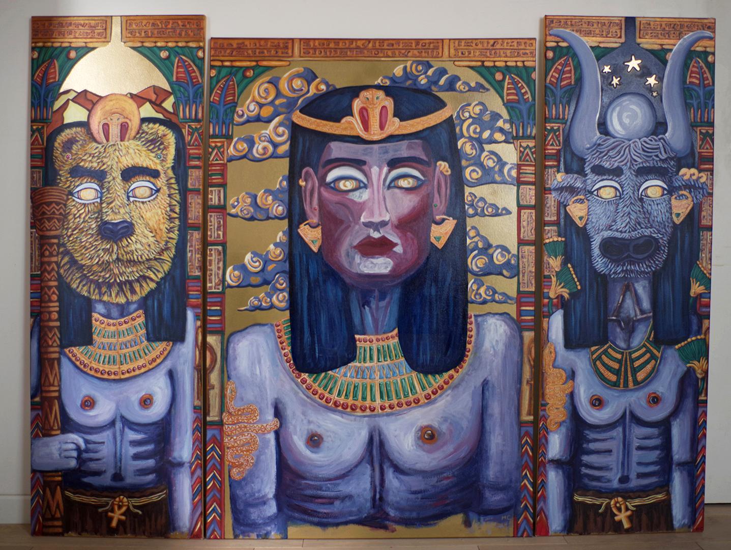 <h3>Sans fard, triptyque, acrylique sur toile, 155 x 120 cm, septembre 2019, Lille, France</h3><p>Cléopâtre reine d'Egypte de -69 à -30 av.J.-C., est entourée par Sekhmet déesse de la guerre, et Hathor déesse de la fertilité. C'est le Livre de la vache céleste qui m'a inspiré ce tableau. </p><p>Ce récit mythologique raconte la transformation de Sekhmet en Hathor. Ici, Cléopâtre ne dispose que de bijoux pour signifier sa royauté. Dans les récits que l'on fait d'elle, elle est tour à tour présentée comme une reine brillante et soucieuse de la prospérité de son pays ou au contraire comme une reine séductrice, cruelle et opportuniste. Mais doit-on réellement simplifier la réalité? Les Hommes ne sont-ils pas complexes et ne peuvent-ils pas être l'un et l'autre?</p>