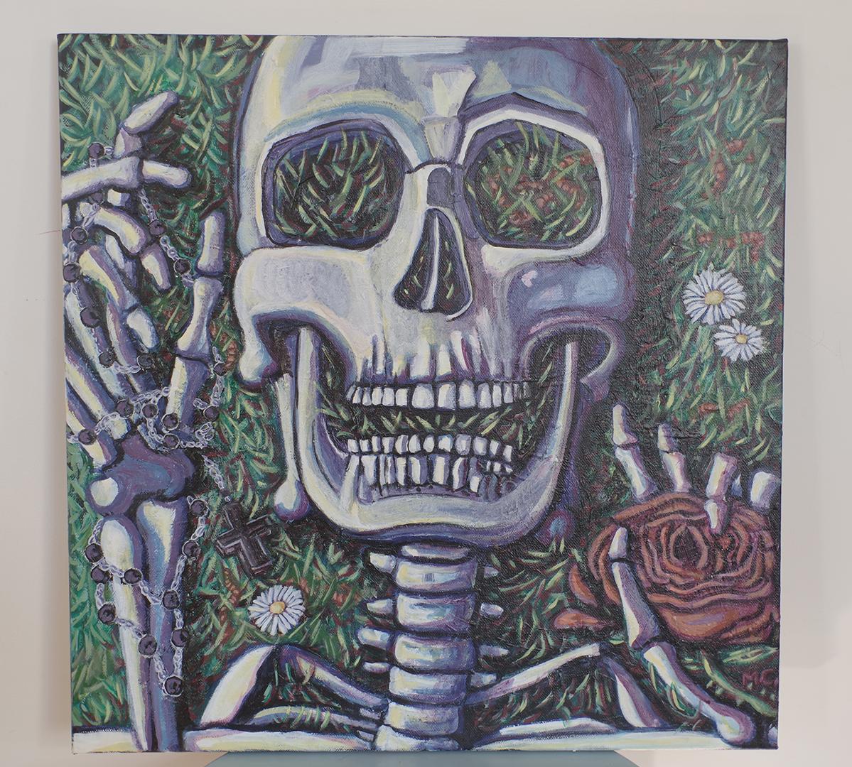 """<h3>Vanité numéro 1, acrylique sur toile, 50 x 50 cm, septembre 2019, Lille, France</h3><p>Ce portrait est fortement inspiré par la vanité, genre pictural traditionnel codifié qui aborde des questions d'ordre existentiel. </p><p> Dans """"Vanité n°1"""", le squelette est au centre du tableau, la nature est en train de reprendre ses droits : de l'herbe et des pâquerettes poussent à l'intérieur et autour des ossements. Des lombrics sont également représentés, ils incarnent la continuité du cycle de la vie. La gestuelle du squelette ainsi que son expression évoquent les derniers instants du personnage, il paraît ainsi figé dans le temps. Un chapelet est disposé dans sa main droite, comme s'il priait au moment de sa mort. Ce symbole religieux permet d'aborder la question du sens de la croyance au moment du trépas. Dans la main gauche du squelette, une rose coupée, à laquelle le personnage semble désespérément s'accrocher, symbolise l'aspect éphémère de la vie et des passions humaines.</p>"""